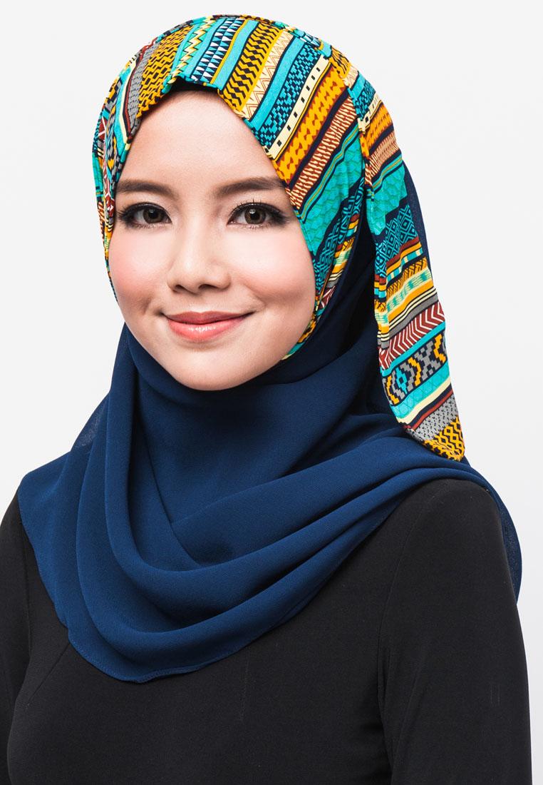 Hijab And Abaya - Beauty lies within - Fashion Ki Batain