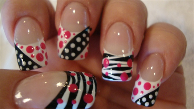 Girly Nail Art Guide An Overview Of Major Three Nail Art Designs Fashion Ki Batain