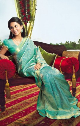 Extravagant Puff Sleeves Blouse for your saree