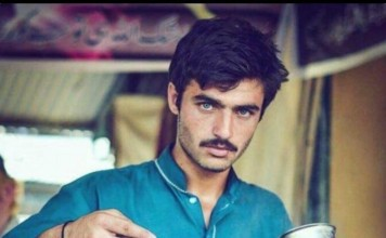 Interent sensation this handsome Chaiwala from Islamabad