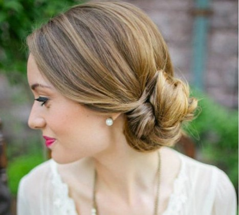 Low Side Bun Hairstyle for cute looks