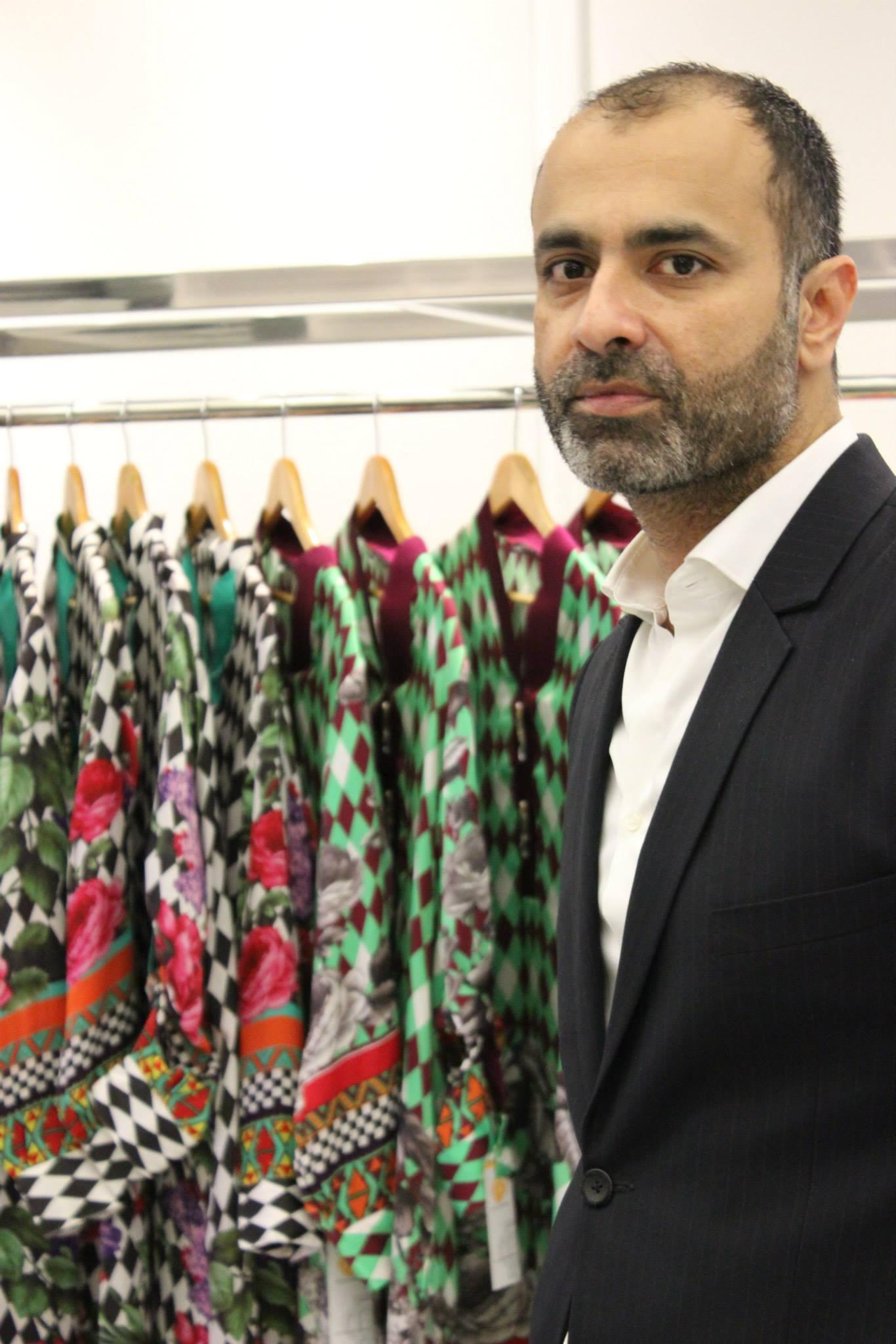 Non Muslim Perspective On The Revolution Of Imam Hussain: 10 Best Pakistani Fashion Designer