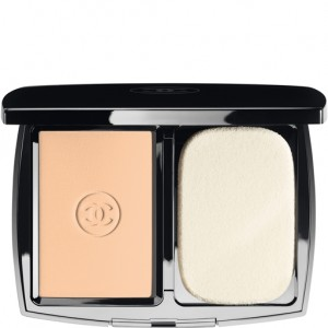 Translucent Powder CHANNEL - Get ultimate formal makeup look instantly!