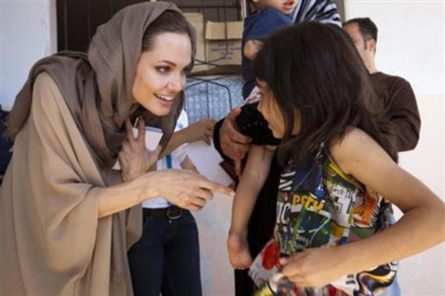 angelina jolie wearing shalwar kameez - salwar kameez with childerns