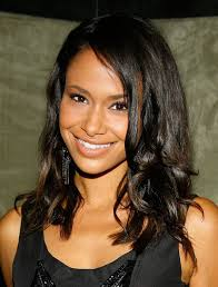 Mid-length hairstyles for black women