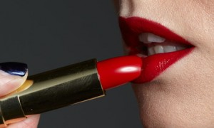 Red lipstick is the most appealing lip color