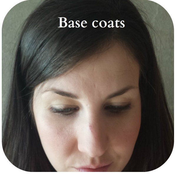 Base coat - Colour base coat on your eyes