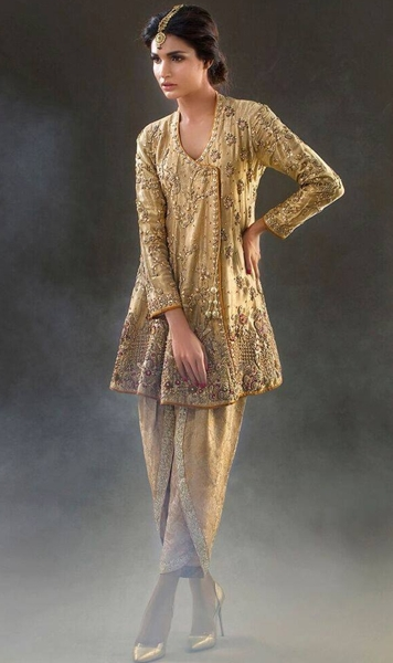 ca1ec61340 Beach wraps and tulip pants Hottest summer trend in Pakistan ...