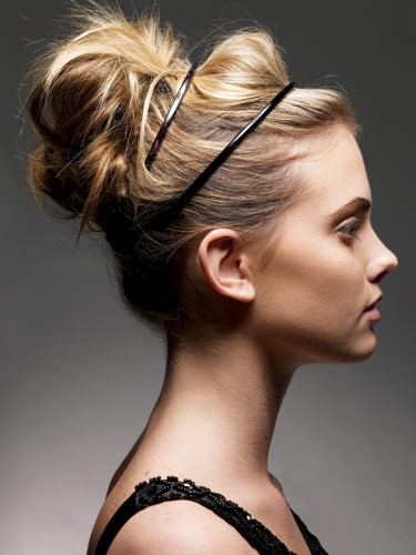 Perfect Loose Bun - Simplest and prettiest looks