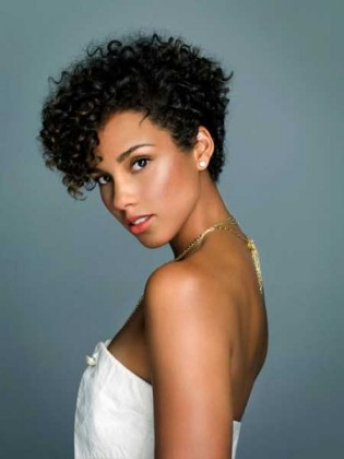 Beautiful Cuts for Black Curly Hair: Short Hairstyles For Naturally curly hairs