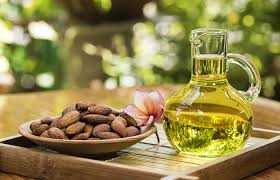 almond oil for lip care