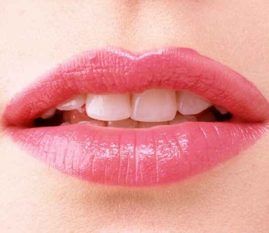 Popsicle Lips or Smudged lips: Learn how to rock this season's hottest trend: the popsicle lips or korean gradient lips that everyone is talking about!
